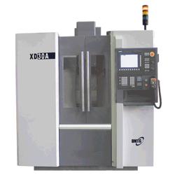 DMTG XD30 Вертикальный фрезерный станок с чпу DMTG Станки с ЧПУ Фрезерные станки